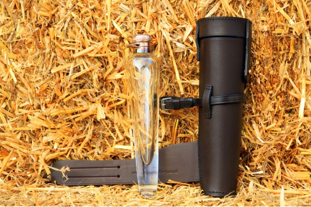 Crystal Conicle Flask & Leather Case