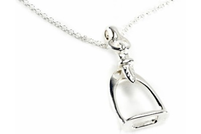 Hiho Sterling Silver Stirrup Pendant With Fine Trace Chain