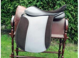 Symonds Classique Working Hunter Saddle