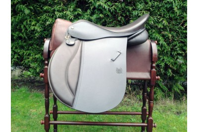 Symonds Oxford VSD Saddle