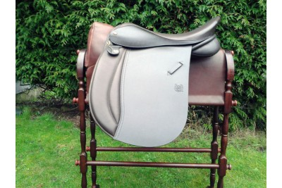 Symonds 'Ray' Working Hunter Saddle
